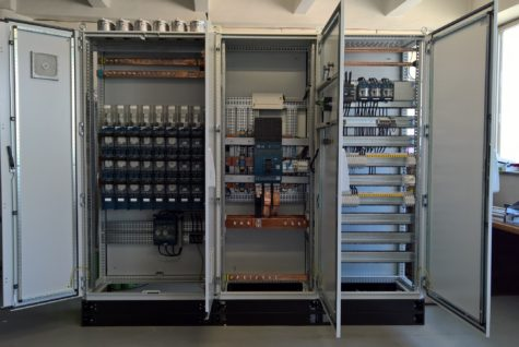 Realizace nových elektrorozvodů v průmyslové budově